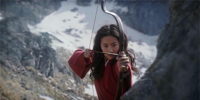 Tạo hình mặt mộc, tóc rối của Lưu Diệc Phi trong 'Mulan' gây bão mạng xã hội - ảnh 9