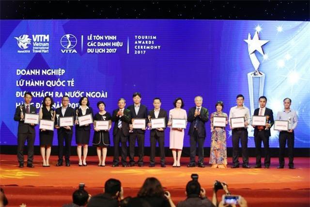 Lễ vinh danh và trao Giải thưởng du lịch Việt Nam 2017
