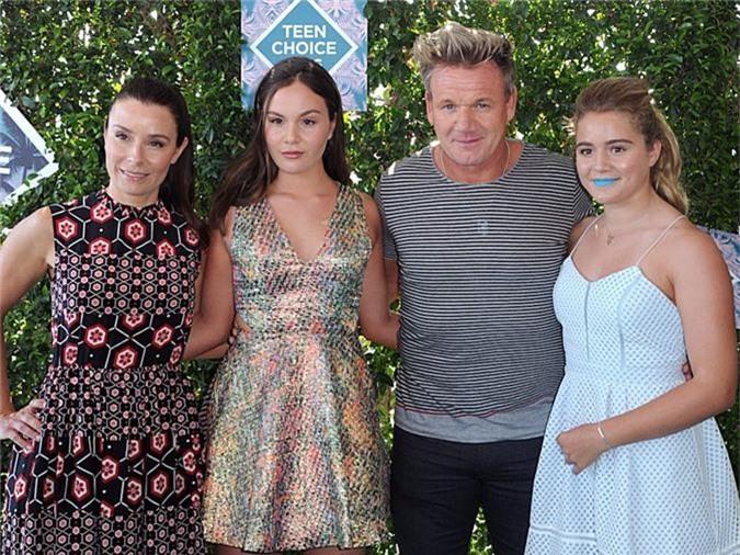 Gordon Ramsay với vợ và các con gái. Ảnh: AP.