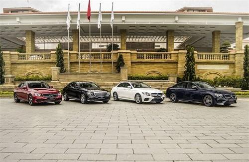 """""""Bộ tam"""" Mercedes-Benz  E-Class 2019 đổ bộ thị trường Việt"""