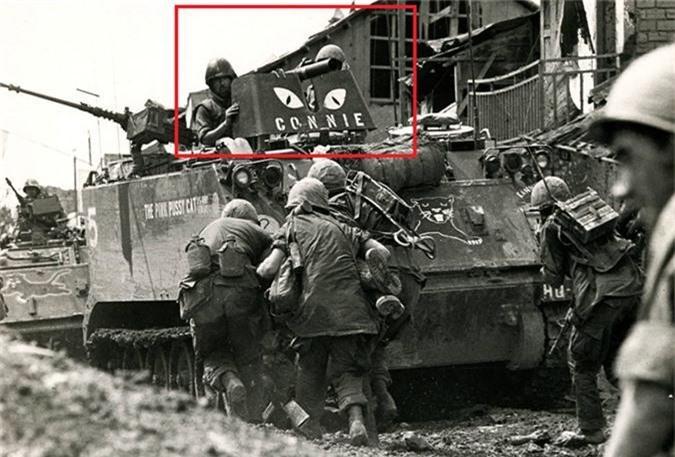 So Quan Giai phong, linh My lap voi thu nay len M113-Hinh-5