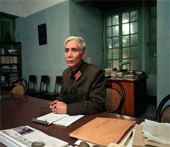 Ngam Ha Noi thap nien 1980 - 1990 qua anh doc cua nguoi My-Hinh-11
