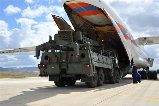 """Sự bất lực của Mỹ khi Thổ Nhĩ Kỳ kiên quyết mua """"Rồng lửa"""" S-400 Nga - 1"""