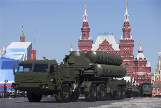 """Sự bất lực của Mỹ khi Thổ Nhĩ Kỳ kiên quyết mua """"Rồng lửa"""" S-400 Nga - 2"""