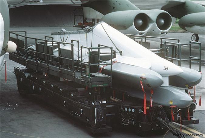 anh: uy luc cua ten lua agm-86 duoc trang bi cho b-52 hinh 5