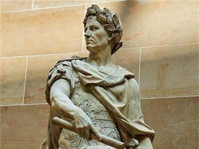 """Vi sao Julius Caesar ca gan thieu rui """"kho tang kien thuc"""" nhan loai?-Hinh-2"""