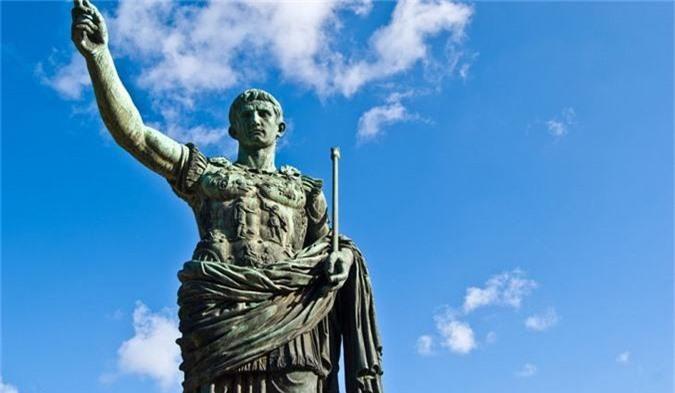 """Vi sao Julius Caesar ca gan thieu rui """"kho tang kien thuc"""" nhan loai?-Hinh-3"""