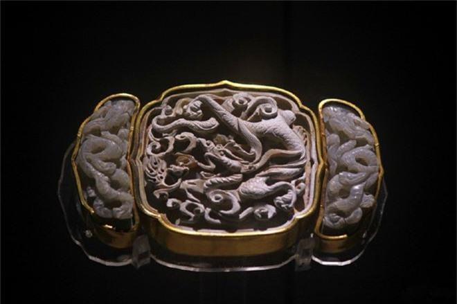 Xâm nhập cổ mộ vương gia thời Minh, nhà khảo cổ ngạc nhiên tột độ vì kho báu bên trong - Ảnh 7.