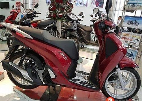 Honda SH 2019 vẫn hút khách dù giá đại lý chênh khá cao so với giá đề xuất của hãng.