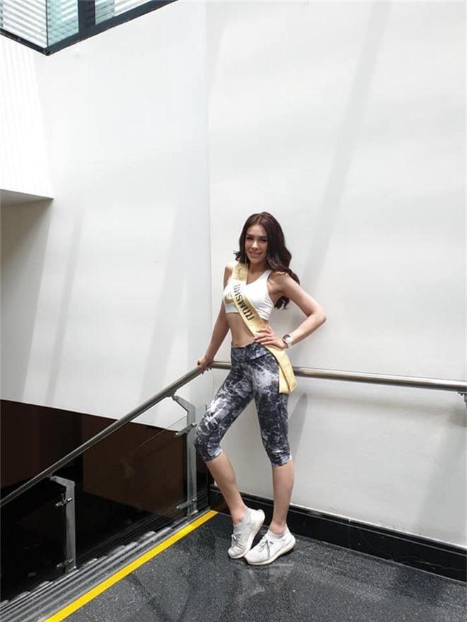 Không chỉ lạc lõng trong chiến thắng, Miss Grand ThaiLan 2019 còn bị chỉ trích bởi gương mặt đơ cứng, thiếu tự nhiên - Ảnh 9.