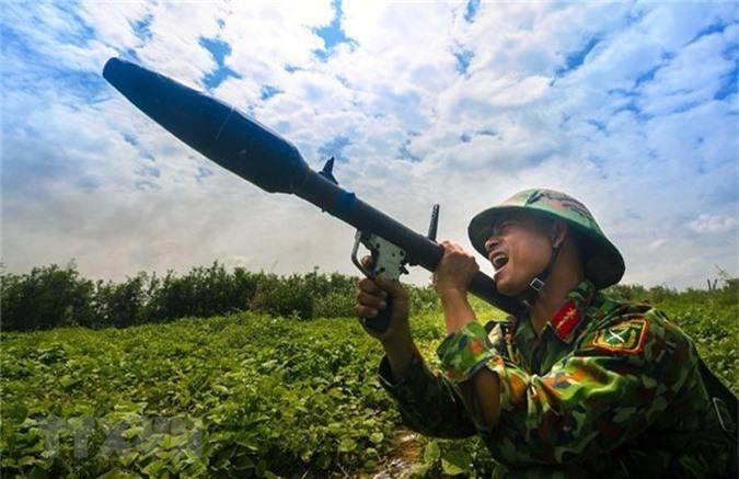 Kinh ngac sung chong tang Viet Nam ngan dich do bo duong khong-Hinh-5