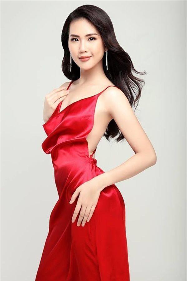 Siêu mẫu Việt Nam 2018: Vóc dáng nóng bỏng, nhiều đại gia theo đuổi - Ảnh 5.