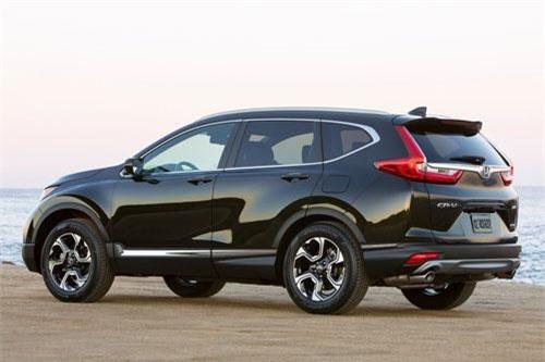 4. Honda CR-V (doanh số: 8.104 chiếc).