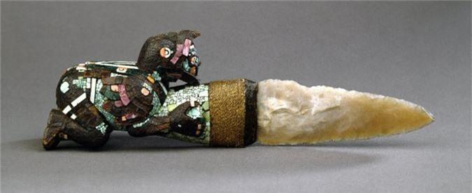 Kinh ngac vu khi huy diet khung khiep cua chien binh Aztec-Hinh-8
