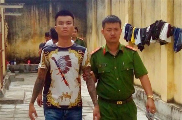 """Nhóm côn đồ chuyên """"bảo kê"""", cưỡng đoạt tài sản của tài xế taxi tại Sầm Sơn sa lưới - 2"""