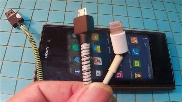5 cách bảo vệ dây sạc điện thoại được bền hơn - 1
