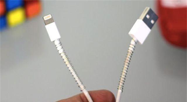5 cách bảo vệ dây sạc điện thoại được bền hơn - 2