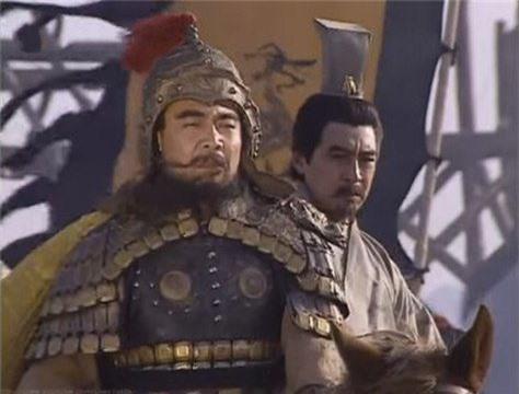 Tháng 5 năm 200, Tào Tháo cùng Quan Vũ và Trương Liêu đi men theo Hoàng Hà về phía tây đến cứu Diên Tân.