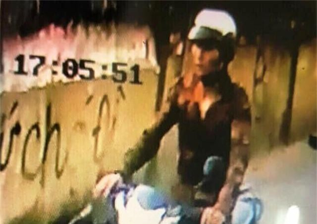 Bắt nghi can cứa cổ tài xế xe ôm cướp tài sản - 1