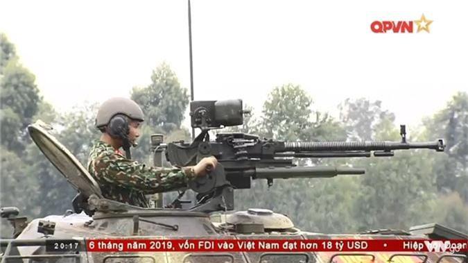 "Viet Nam ""lot xac"" T-54 giup linh tang dua tai o Tank Biathlon-Hinh-9"