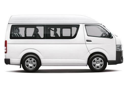 6. Toyota Hiace (doanh số: 339 chiếc).