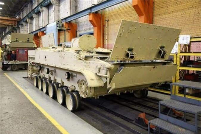 Them thuong dan xe thiet giap BMP-3 Nga san xuat cho Iraq