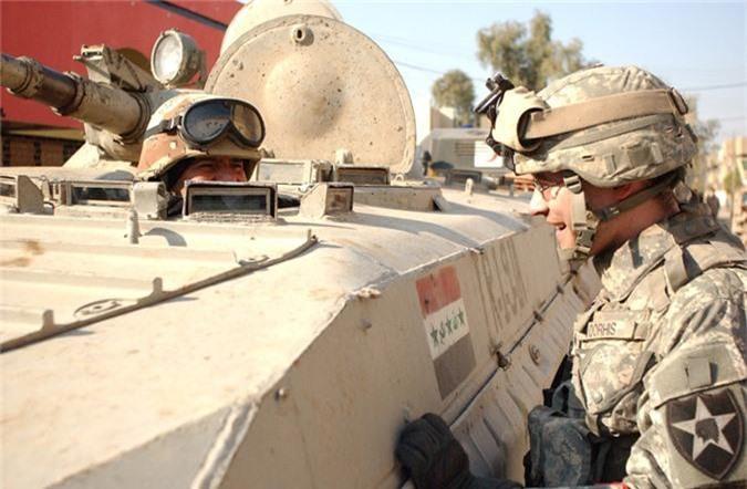 Them thuong dan xe thiet giap BMP-3 Nga san xuat cho Iraq-Hinh-9