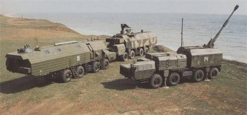 Các thành phần của hệ thống pháo phòng thủ bờ biển Bereg. Ảnh: TASS.