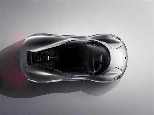 , chiếc xe còn được mệnh danh là chiếc xe đường trường sản xuất mạnh nhất thế giới