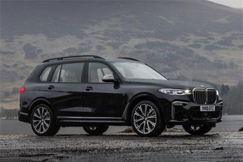 8. BMW X7.