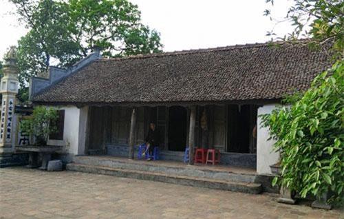 Một ngôi nhà cổ khác ở Làng Nôm (Ảnh: ST)