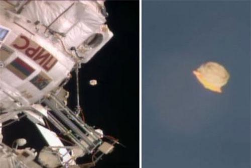 Vật thể nghi là UFO bay gần trạm vũ trụ quốc tế.