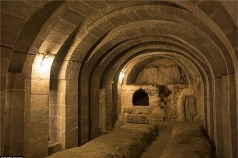 Bất ngờ phát hiện thành phố ngầm nghìn tuổi khi sửa nhà - ảnh 3