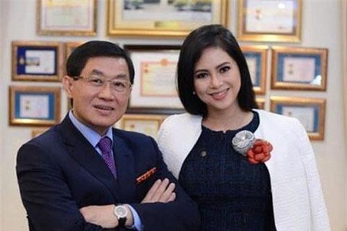 Bố mẹ chồng Hà Tăng đang lãnh đạo SASCO sau khi doanh nghiệp này cổ phần hoá xong