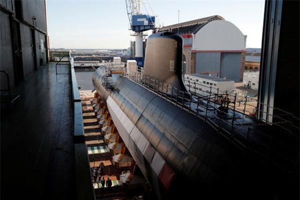 Dự án nghiên cứu và phát triển tàu ngầm tấn công hạt nhân của Pháp tính tới thời điểm hiện tại đã ngốn tới 10 tỷ USD và đây được coi là dự án mang tính then chốt nhằm tương cường sức mạnh của hải quân nước này trong thập kỷ sắp tới. Nguồn ảnh: BI.