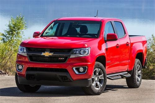 2. Chevrolet Colorado (giá khởi điểm: 22.395 USD).