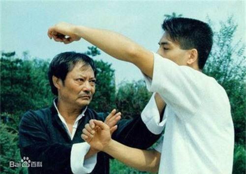 Chi tiet ngo ngang ve vo su Vinh Xuan quyen Diep Van-Hinh-4