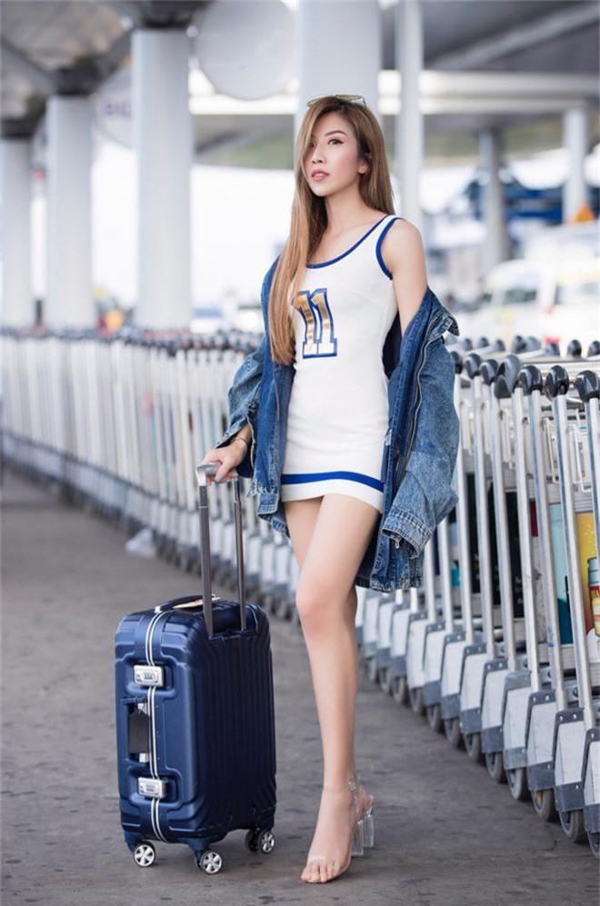 Hội bạn thân toàn mỹ nhân Vbiz tạo nên màn tái ngộ mãn nhãn tại sân bay sang Singapore, nhưng sắc vóc ai nhỉnh hơn? - Ảnh 4.