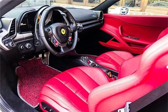 Hot girl Sai Gon tau sieu xe Ferrari 458 Spider bien Lao-Hinh-6