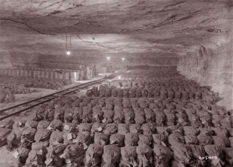 Toàn cảnh căn hầm kho báu tại Merkers.