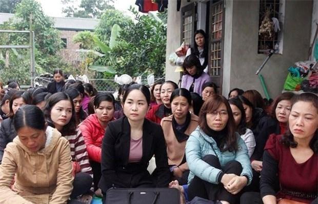 Các giáo viên hợp đồng ở Sóc Sơn lo lắng trước nguy cơ mất việc. (Ảnh: Vietnamnet)