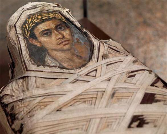 Bí ẩn những bức chân dung xác ướp Ai Cập cổ: Vẽ chính chủ và đa phần là nguyên liệu ngoại - Ảnh 4.