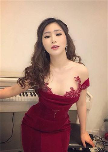 Choang voi gia ga tinh my nhan Viet tu vai nghin den trieu USD-Hinh-8