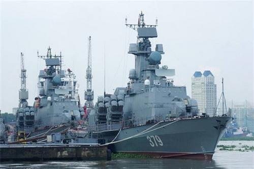 Cặp tàu tên lửa 379 và 380 được Tổng công ty Ba Son thi công đóng mới. Ảnh: Quân đội nhân dân.