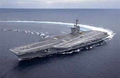 """Tàu sân bay USS Abraham Lincoln của Mỹ, vũ khí đã được điều tới Trung Đông """"nắn gân"""" Iran trong những tháng vừa qua (Ảnh: Navy Time)"""
