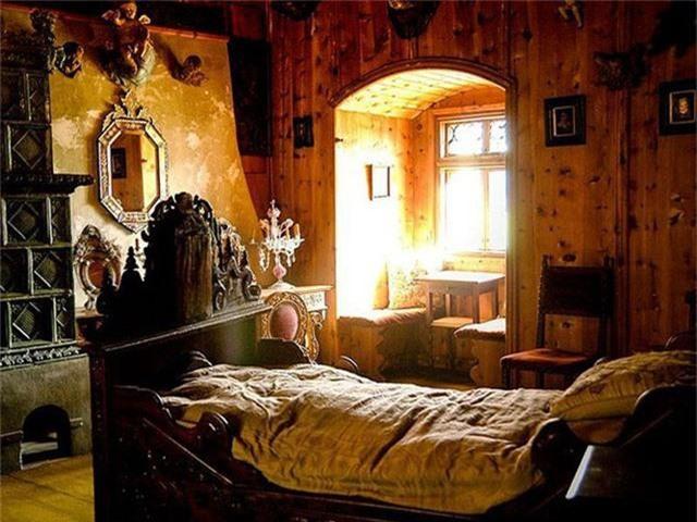 12 lâu đài ma ám đáng sợ trên thế giới - Ảnh 22.