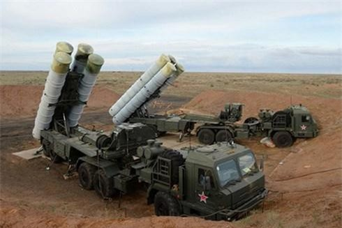 Rồng lửa S-300 của Syria đã lần đầu bị khủng bố tấn công.