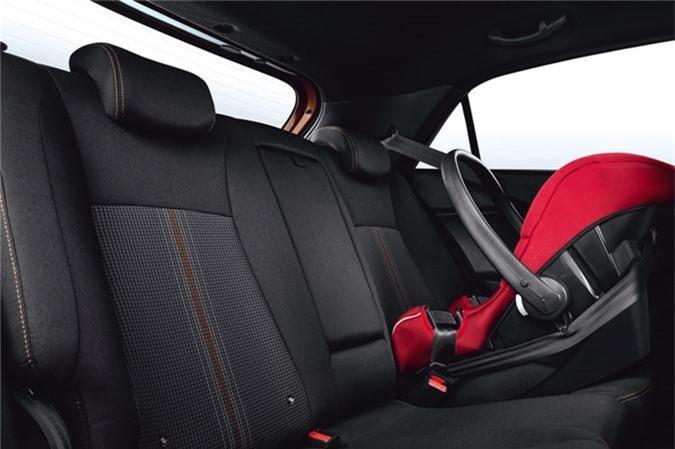 Kham pha xe hatchback Hyundai gia gan 300 trieu dong hinh anh 15