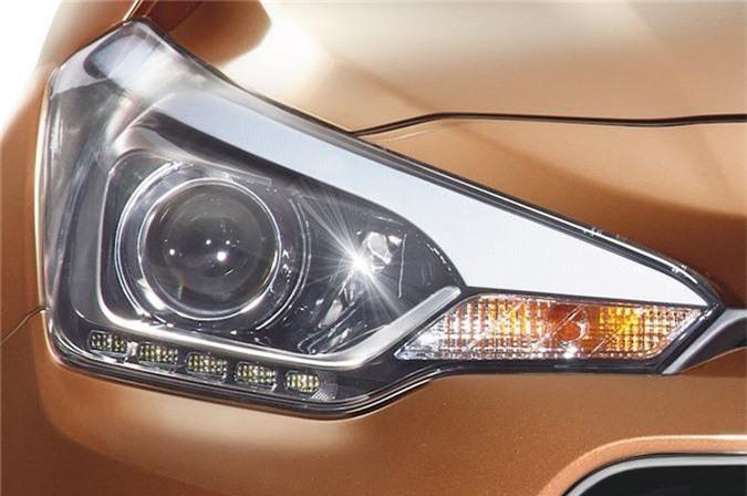 Kham pha xe hatchback Hyundai gia gan 300 trieu dong hinh anh 9