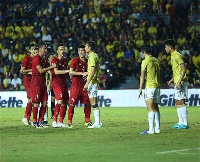 Lần đầu tiên đội tuyển Việt Nam ngang tầm Thái Lan ở vòng loại World Cup - 1